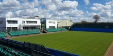 Tennis Centre Crew beats Wimbledon to major groundsman award