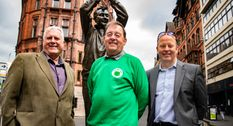 Statue spruce-up for Forest legend for 40th anniversary celebrations