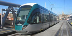 new tram at station