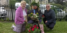 Neighbourhoods celebrate Bloom awards