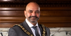 New Lord Mayor and Sheriff take office